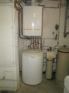 Chaudière gaz à condensation DE DIETRICH avec préparateur ECS