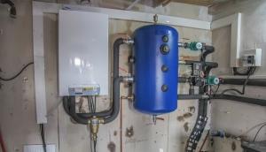 Pompe à chaleur air-eau DE DIETRICH avec bouteille de découplage et départ double circuits
