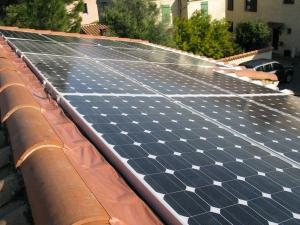 Capteur photovoltaïque monocristallin pour la production d'électricité