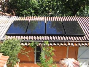 Capteurs solaires thermiques pour système de chauffage solaire